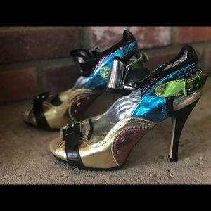 1980s Madonna Inspired Hi heels New without box
